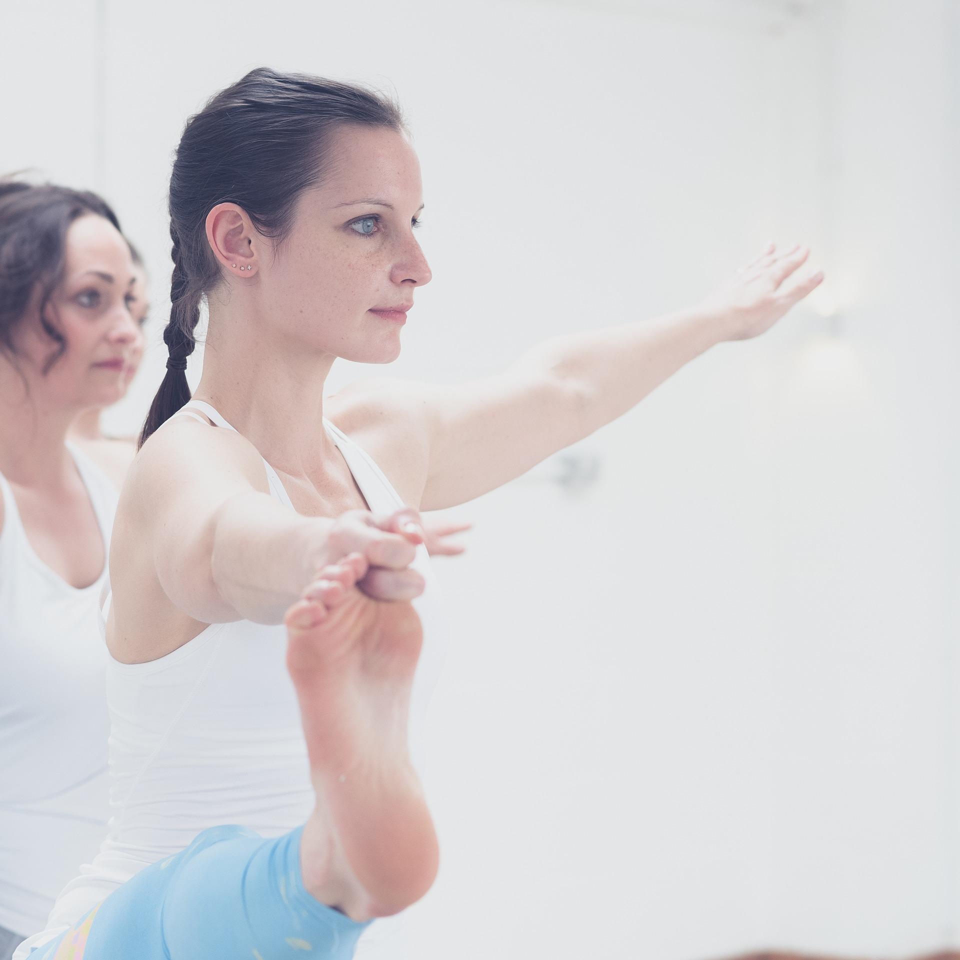 yoga_ballet-1840275_1920